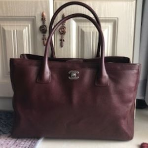 Authentic CHANEL Executive Cerf Tote